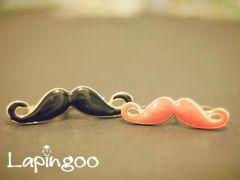 Rg0001 Rg0002 Blackie & Pinky Moustache.jpg
