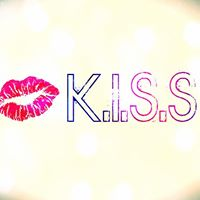 TheKiss LaCouture